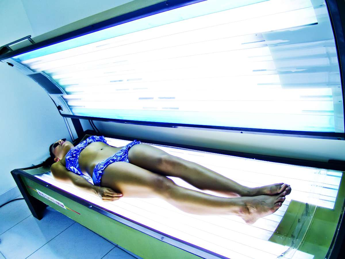 tanning-bed-for-acne.jpg